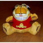 plyšový Garfield v triku